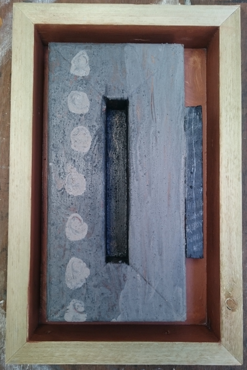 offcuts in an offcut frame – displacement (earth pigments on wood) © p ward 2017